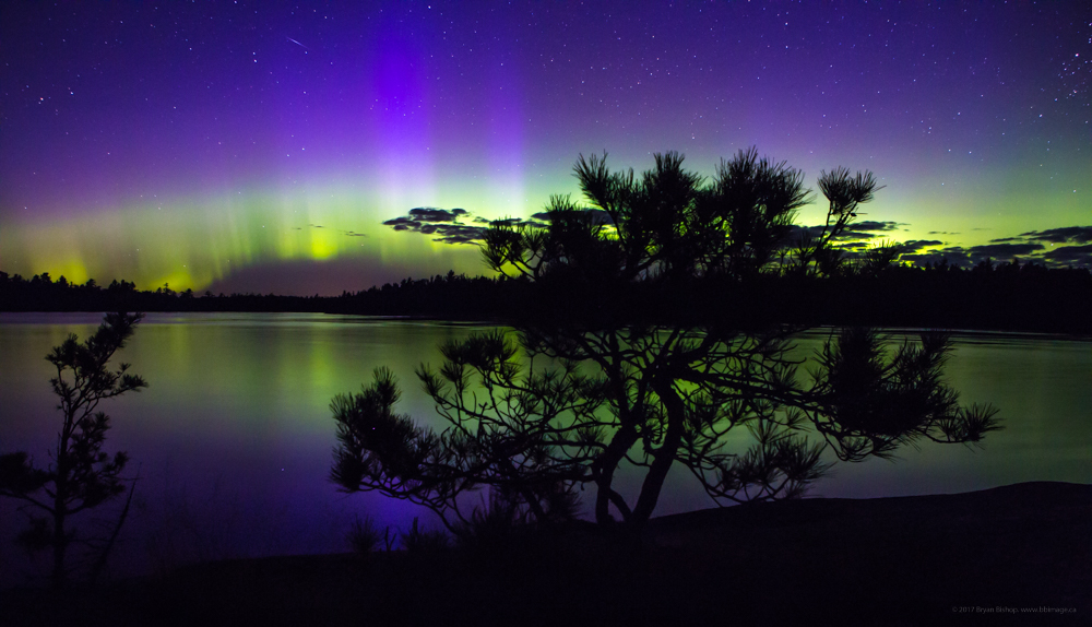 Northern lights show above Russle lake in Quetico Provincial Park, Photography by Bryan Bishop www.bbimage.ca